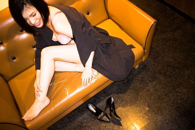 嬉しいことには思いきり喜ぶの。出し惜しみなんて、いらない。・model @riche327 lingerie @triumphlingerie photo @9noah5 #charmingjournal#lingerie #バスト大きめさんの味方